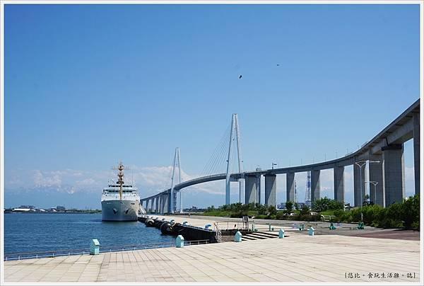 富山-新湊-76-新湊大橋.JPG