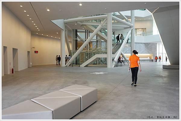 台南美術二館-29-大廳.JPG