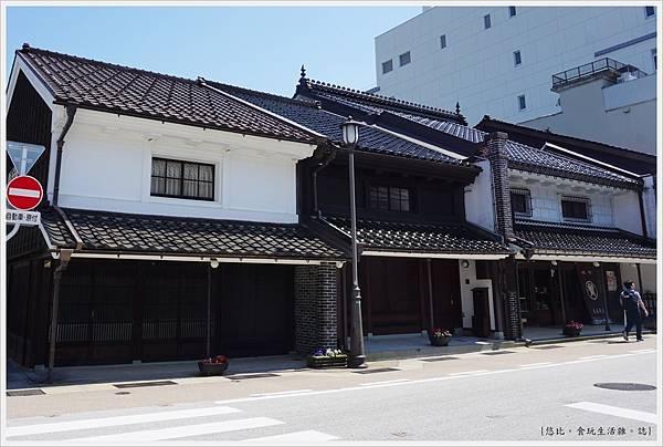 高岡-7-金屋町.JPG