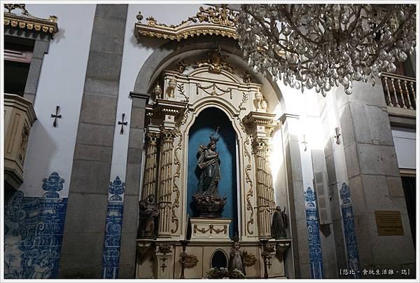 Porto-55-聖靈教堂Capela das Almas.JPG