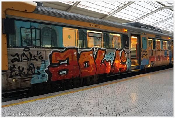 里斯本-9-Lisboa Santa Apolonia.JPG