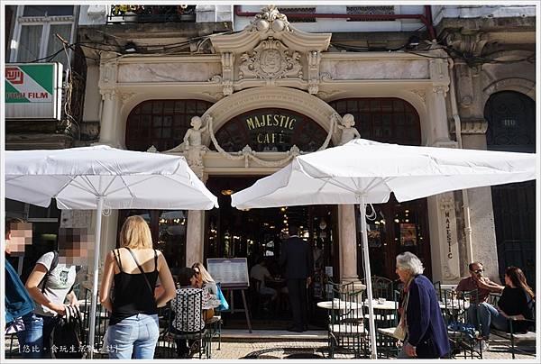 Porto-88-Majestic Cafe.JPG