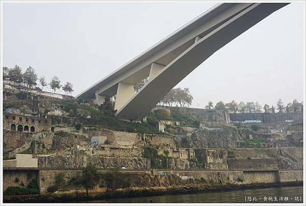 波多-杜羅河遊船-12-Ponte. do Infante 方特橋.JPG
