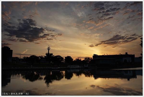 富岩運河環水公園-39.JPG