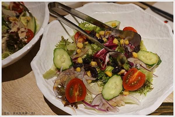 紅巢燒肉-20-生菜沙拉.JPG