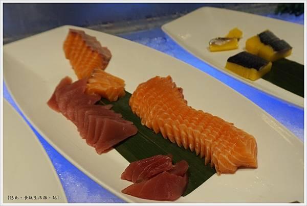 饗食天堂-3-生魚片.JPG