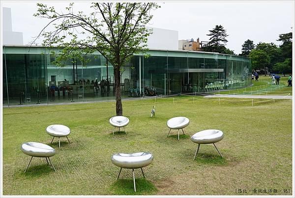 21世紀美術館-3.JPG