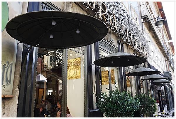 布拉加老城區-80-老咖啡館.JPG