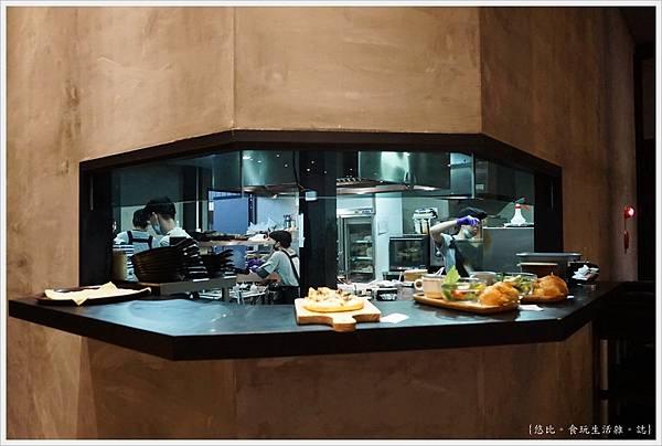 黑浮咖啡台中-11.JPG
