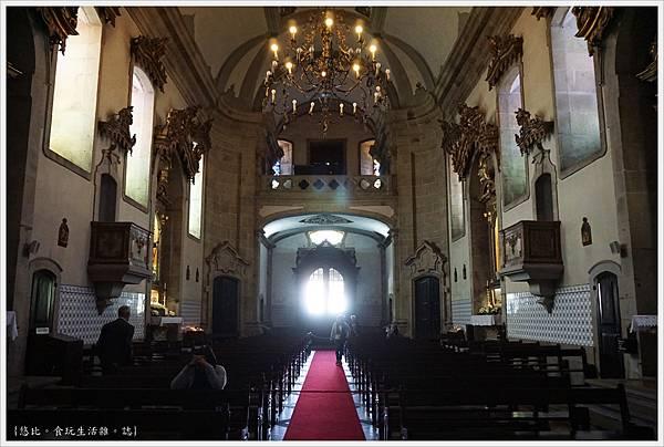 基馬拉斯-22-聖帕索斯聖母教堂.JPG