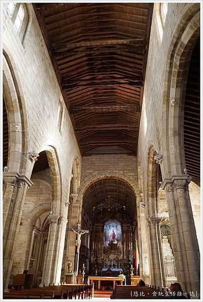 基馬拉斯-38-奧利維拉聖母教堂.JPG