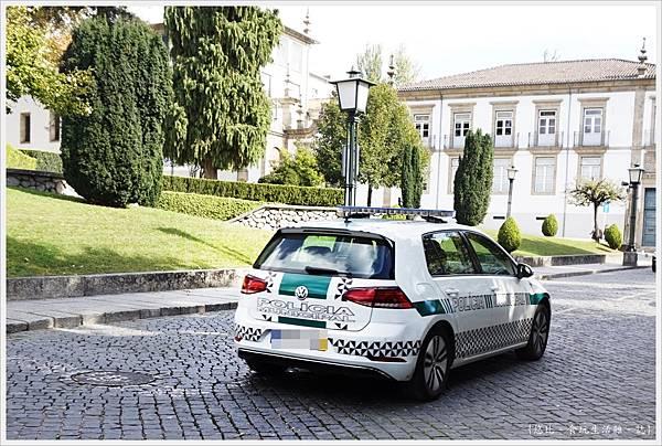 基馬拉斯-103-警車.JPG