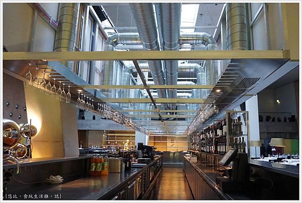 波多音樂廳-88-頂樓餐廳.JPG