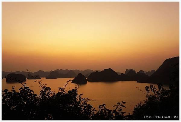 英雄島-2-夕陽.JPG