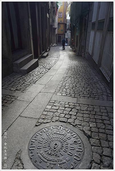 里貝拉廣場-43-1-窄巷.JPG