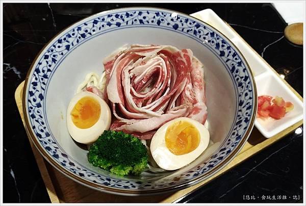 燒肉丼販-23-雪花牛肉麵.jpg