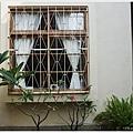 home home-2-庭院.JPG