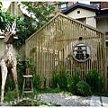home home-3-庭院.JPG