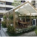 home home-7-庭院.JPG