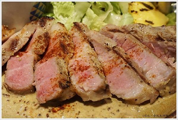 home home-28-法式芥末醬豬排.JPG