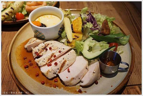 home home-30-味噌醬嫩雞.JPG