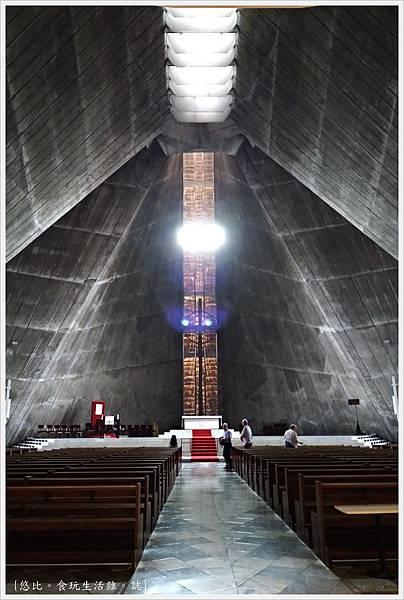 聖瑪利亞教堂-17-內部.jpg
