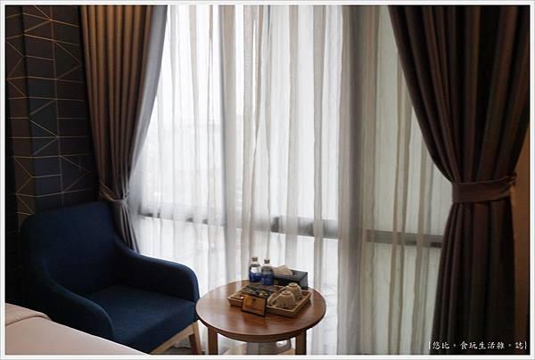 BONSELLA HOTEL-3.JPG