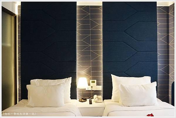 BONSELLA HOTEL-8.JPG