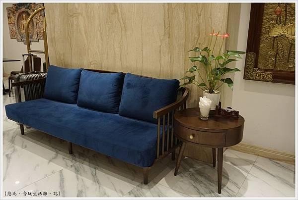 BONSELLA HOTEL-20.JPG