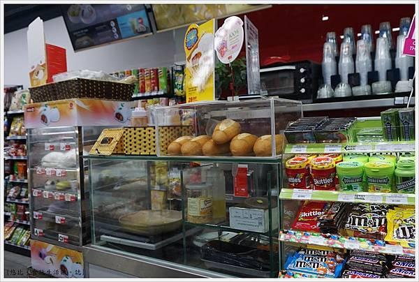 BONSELLA HOTEL-70-OK超市.JPG