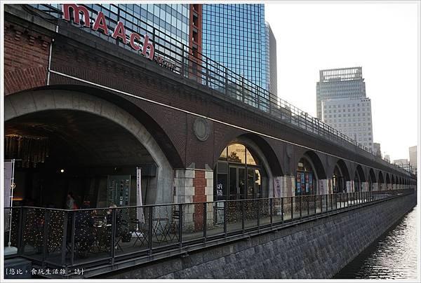 萬世橋-2-MAACH.JPG