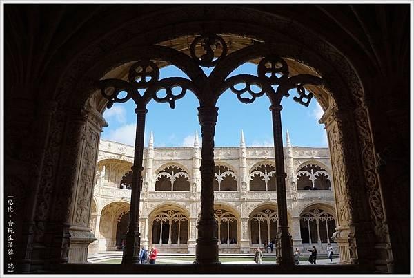 熱羅尼莫斯修道院-7.JPG