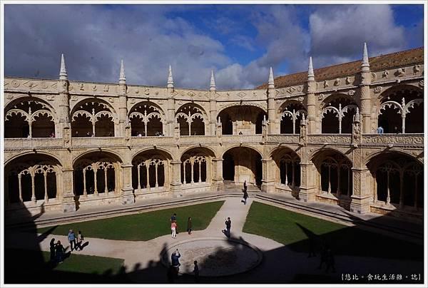 熱羅尼莫斯修道院-40.JPG