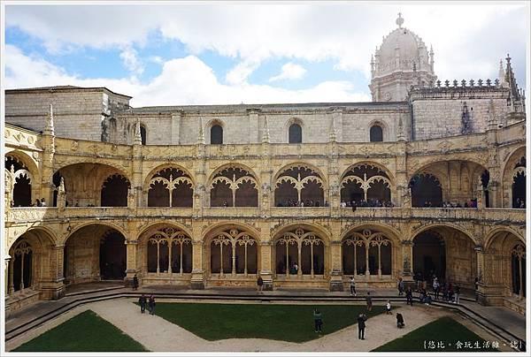 熱羅尼莫斯修道院-52.JPG