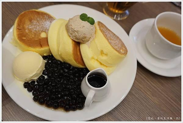 一拳鬆餅-12-黑糖珍珠奶茶舒芙蕾.JPG
