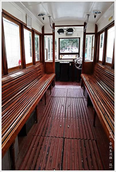 里斯本-Funicular Lavra-4.jpg