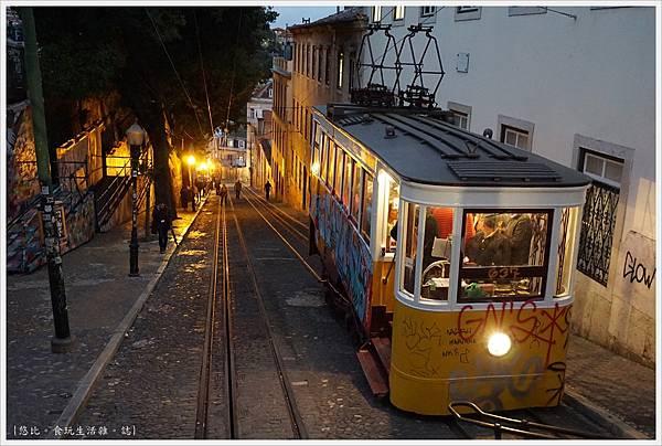 里斯本-Gloria纜車-8.JPG