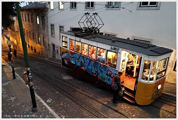 里斯本-Gloria纜車-18.jpg