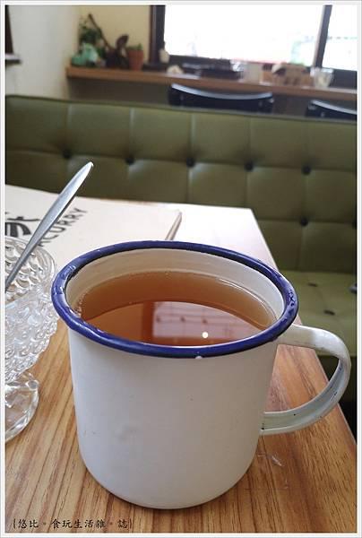 家咖哩-43-玄米清茶.jpg