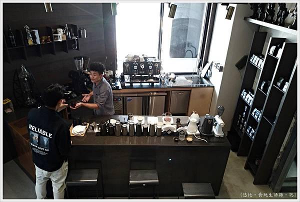 KroX Cafe-14.jpg