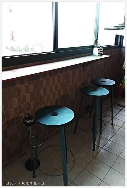 KroX Cafe-18.jpg