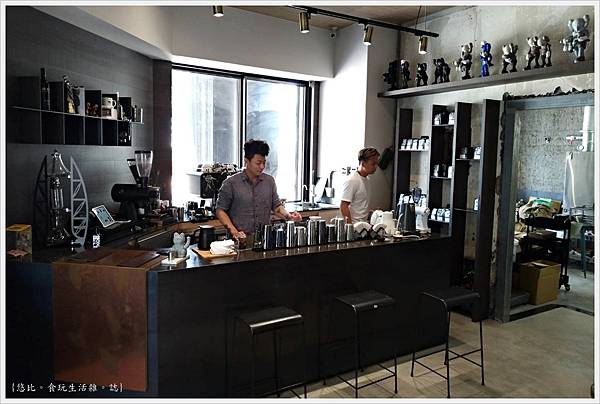 KroX Cafe-24.jpg