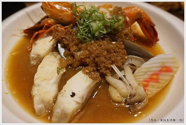 八庵-39-雙主餐套餐海鮮蒜蒸.JPG