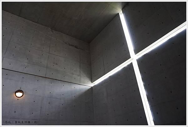 光之教堂-15.JPG