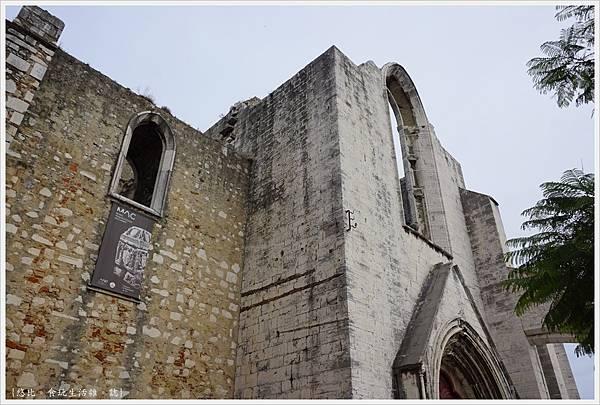 卡爾莫修道院-2.JPG