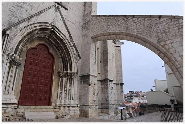 卡爾莫修道院-14.JPG