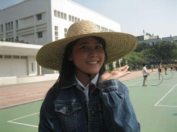 2006-11-10操場裡+大太陽底下