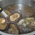 熱湯類五號--香菇很大器很大朵的香菇雞湯.jpg