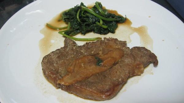 配菜類二十九號--香煎豬排配地瓜葉.jpg