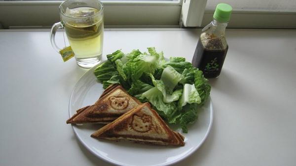 早餐類七號--鮪魚夾式土司配生菜.jpg